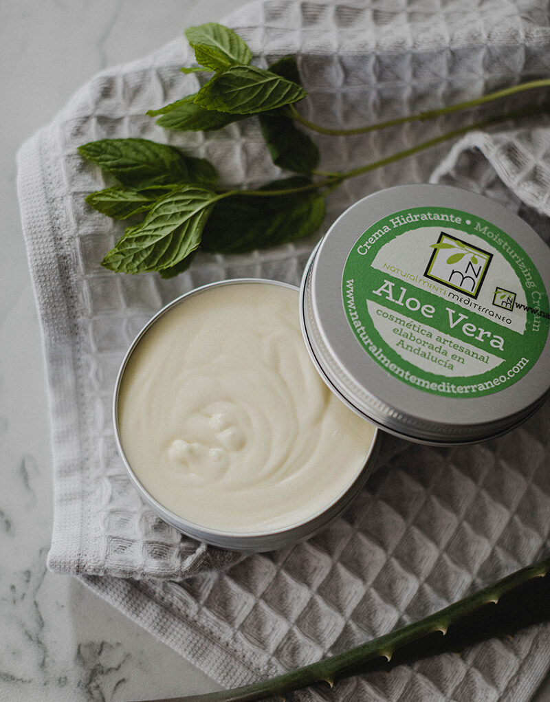 Moisturizing creams & salves