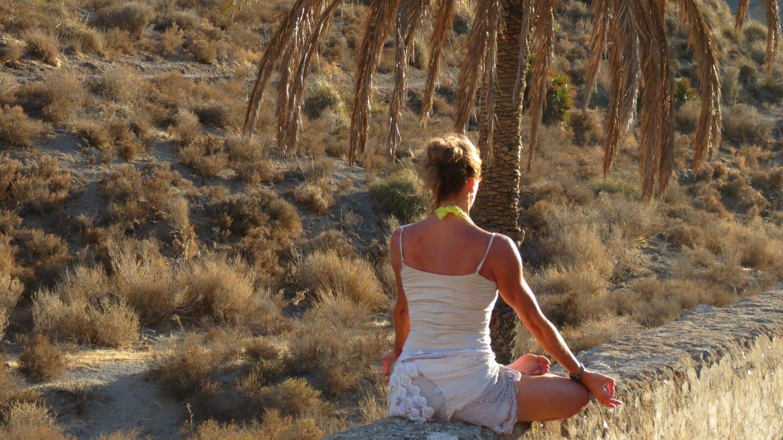 meditacion-pranayama-aire-libre