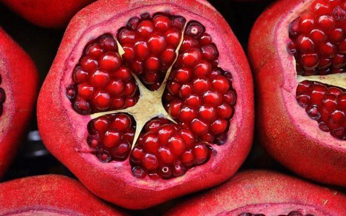 pomegranate-3383814_640